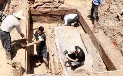 河南警方破获战国贵族墓被盗案:警方破获战国贵族墓被盗案