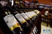 10元一瓶的红酒兑水卖万元天价?警方捣毁特大酒托团伙!