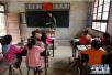 """甘肃农村幼儿""""变形记"""":从闲在家到爱上学"""