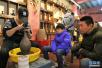 石家庄市民体验非遗 感受传统艺术魅力