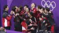 花滑诞生首枚金牌 加拿大团体赛加冕