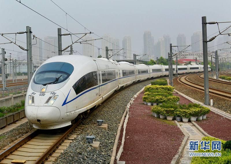 北京赛车开奖直播网:济南火车站列车增开数量创同期历史新高