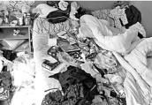 女孩客房如垃圾场一个月不让打扫 酒店报警