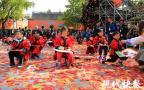 """浪漫到哭!40万片红叶从天而降,南京栖霞山下了一场""""红叶雨"""""""