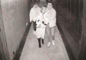 女孩将自拍照发朋友圈险遭性侵 警方用时7分钟将其救出