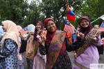 北语第十六届世界文化节游园会开幕 万国巡游尽显世界风采