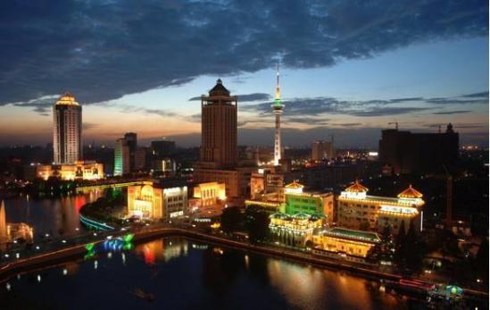 江苏南通:推动上海轨交延伸至南通 建设长三角北翼经济中心