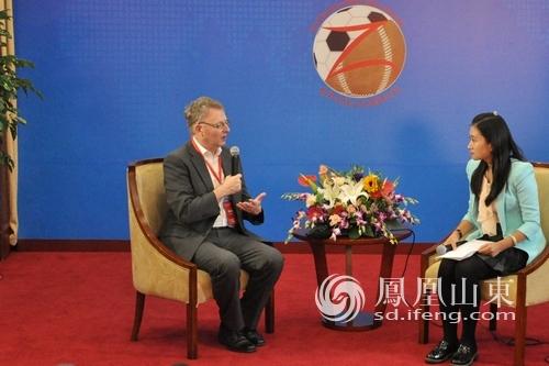 英格兰足球博物馆馆长:足球文化会把中国和英