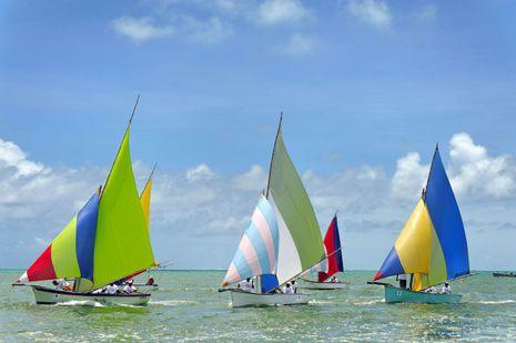 赛船 来到毛里求斯,一定要特地路过一下马埃堡