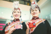 漳州市两会会场:畲族姐妹花 盛装来参会