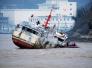 舟山外海一渔船沉没 约20人遇险7人已获救
