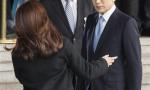 李明博接受检方讯问