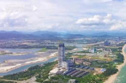 Hainan opens its arms to world