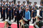 李克强欢迎德国总理默克尔访华 就中德中欧关系交换意见