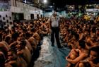 上千囚犯被赶出牢房