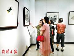 洛阳市美术书法扇面作品邀请展开幕