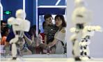 机器人大赛在杭州举办 刚组建的杭二中队拿下冠军