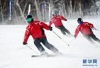 冰雪运动进校园 石家庄市第一届校园冰雪运动会开幕