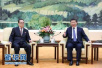 习近平会见朝鲜劳动党代表团 李洙墉转达金正恩口信