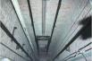 两男子32层楼坠下大难不死 电梯厢缓冲救命