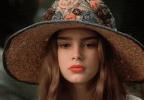 她是迈克尔杰克逊一生最爱美貌倾城 10岁就登花花公子封面