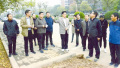 卢氏县委书记杨跃民徒步调研城市建设管理工作