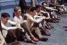 二战美国大兵惬意的海上时光
