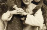 摄影师丹孃:69幅老照片记录上海一家人的一个世纪