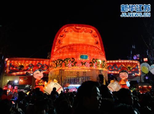金沙国际娱乐平台:今晚元宵夜 南京赏灯指南看这里!