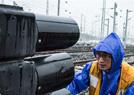 风雨中守护列车运行