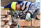 人社部:排查欠薪隱患 春節前保障農民工工資支付