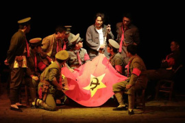 话剧《三湾,那一夜》:聚焦决定中国革命前途命运的那一夜