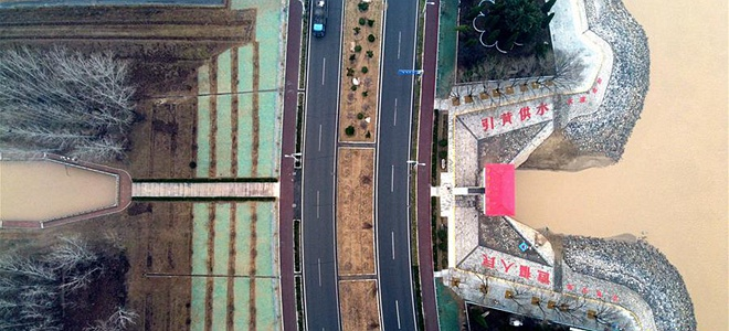 山东:开闸引黄润农田