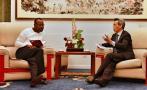 中国驻赞使馆积极推动解决中国公民被关押案,并将密切跟踪