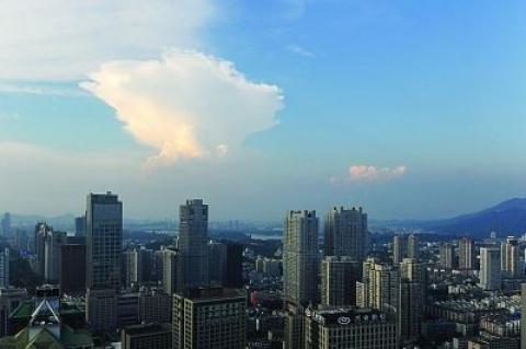江苏昨14个市县超过39℃ 南京后天将达到40℃
