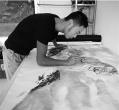 农民画虎6年:每天画6小时以上 一幅能卖3000元!
