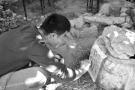 记录千百年老苏州市井文化 他们为128口古井拓片留影