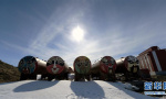 南极中山站正是雪化时