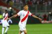 秘鲁国足备战世界杯 格雷罗他乡独自训练