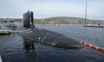 美军重型核潜艇下水