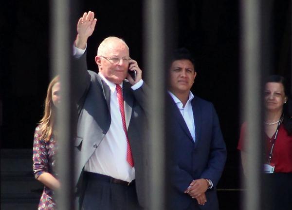 二轮弹劾投票前秘鲁总统突然辞职 原因曝光
