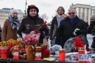 俄罗斯民众悼念火灾遇难者