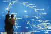 """""""中国航天日""""到来 市民近距离了解航天发展成就"""