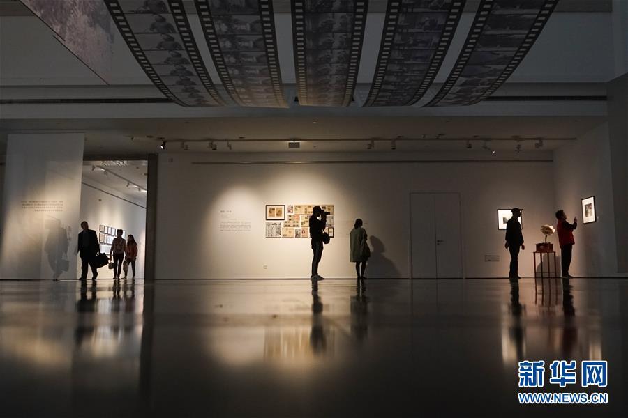 """""""诗人导演——费穆文献展""""在苏州美术馆举办"""