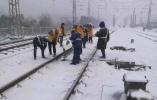 南方多省交通因降雪受影响 31日起雨雪天气减弱节后气温回升