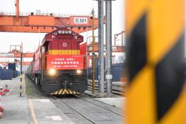 2月份以来 中国外贸进出口额稳步提!