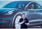 马斯克:特斯拉Roadster跑车将延迟推出,封锁令违宪