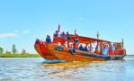 盘锦挖掘百年非遗项目 木质古船重现辽河古渡口