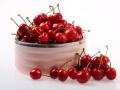 看樱桃新不新鲜先看梗部 樱桃有虫还能吃吗