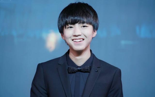 王俊凯高考438分 盘点明星历年高考分数